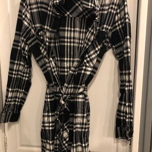 BananaRepublic B&W plaid flannel dress